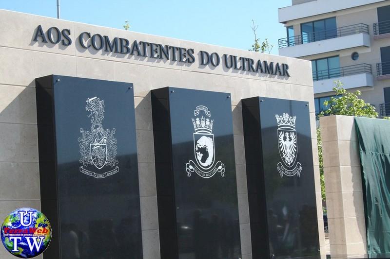 MONTIJO: As imagens da inauguração do Monumento de Homenagem aos Combatentes do Ultramar - 25Abr2016 06_20160425_5