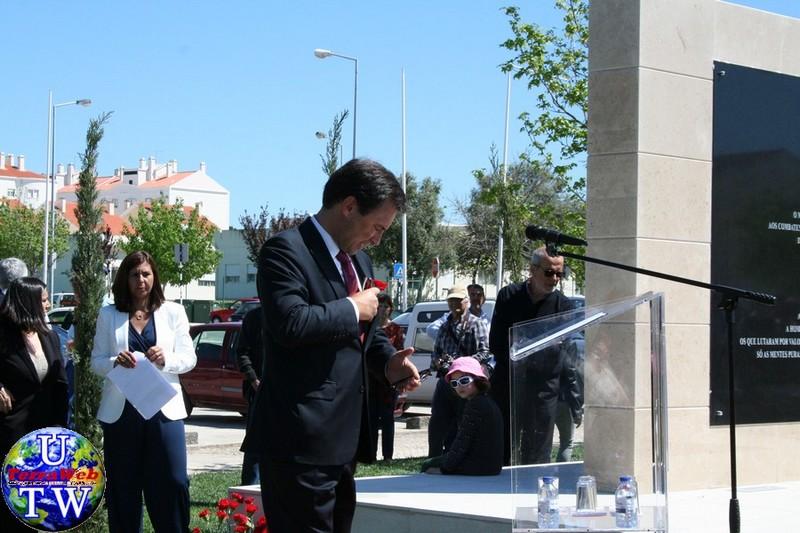 MONTIJO: As imagens da inauguração do Monumento de Homenagem aos Combatentes do Ultramar - 25Abr2016 20160425_85
