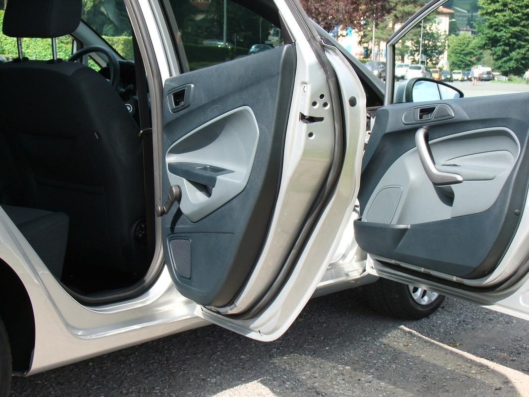 Gerva90 vs. Ford Fiesta 2010 51