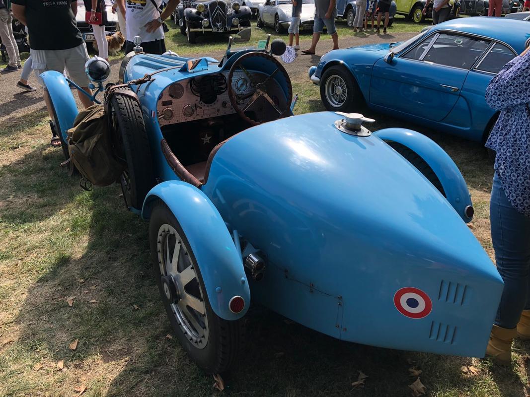 P'tit Coeur et sa Gransport Bianco Fuji - Page 4 Bugatti_Type_35_-3
