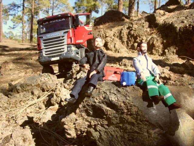 LA SUECA  Scania  trialero con quinta rueda IMG_1510