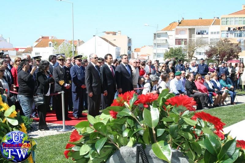 MONTIJO: As imagens da inauguração do Monumento de Homenagem aos Combatentes do Ultramar - 25Abr2016 20160425_28
