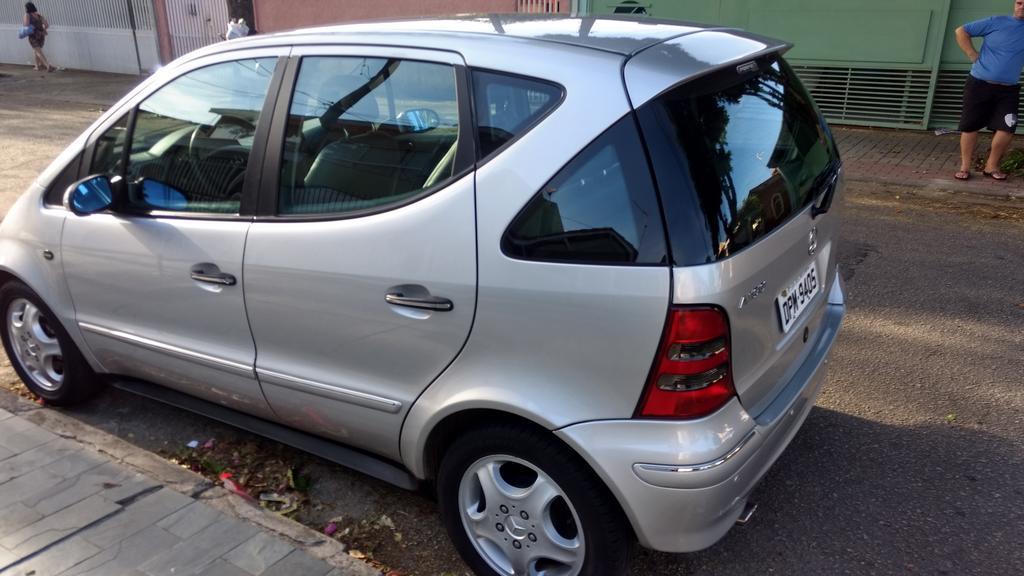 W168 A190 Avantgarde - 2004/2005 - R$ 18.000,00 (VENDIDO) Classe_A_190_Prata_62
