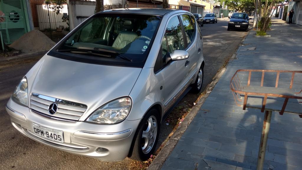 W168 A190 Avantgarde - 2004/2005 - R$ 18.000,00 (VENDIDO) Classe_A_190_Prata_64