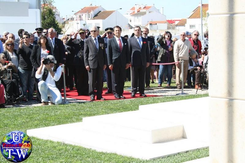 MONTIJO: As imagens da inauguração do Monumento de Homenagem aos Combatentes do Ultramar - 25Abr2016 20160425_15