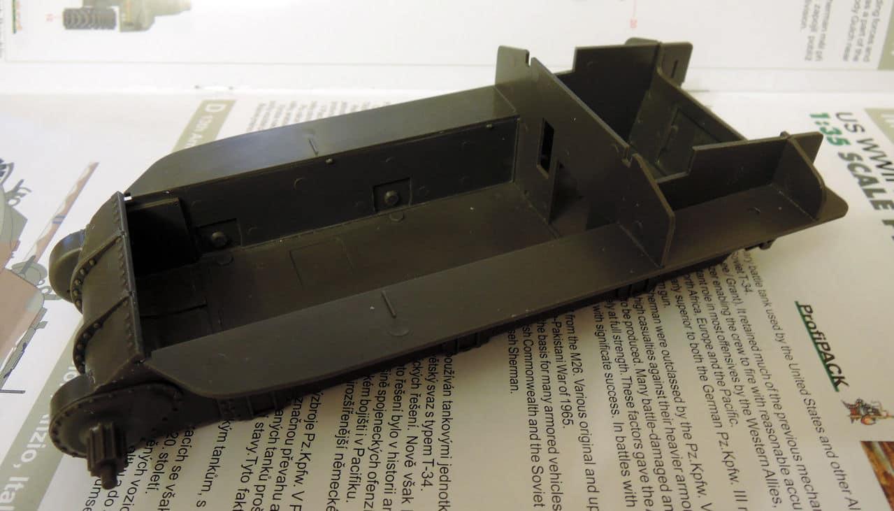 """M4A1 """"Sherman"""" 1/35 (Eduard 3716) 001"""