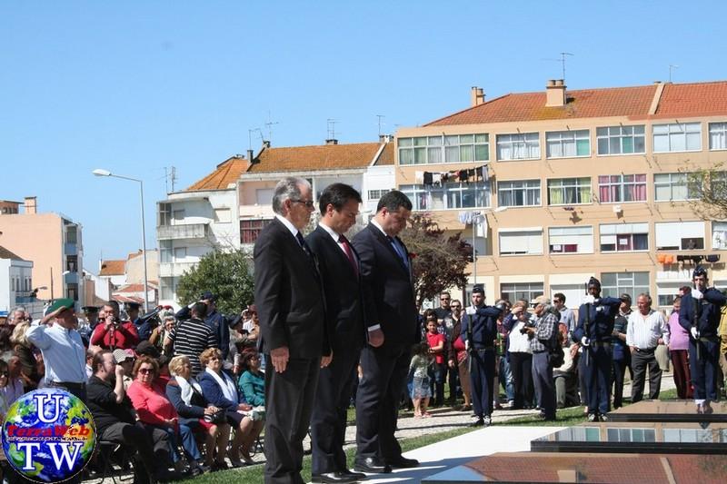 MONTIJO: As imagens da inauguração do Monumento de Homenagem aos Combatentes do Ultramar - 25Abr2016 20160425_47