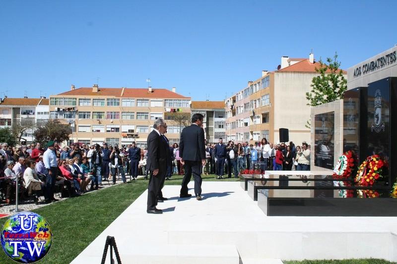 MONTIJO: As imagens da inauguração do Monumento de Homenagem aos Combatentes do Ultramar - 25Abr2016 20160425_46
