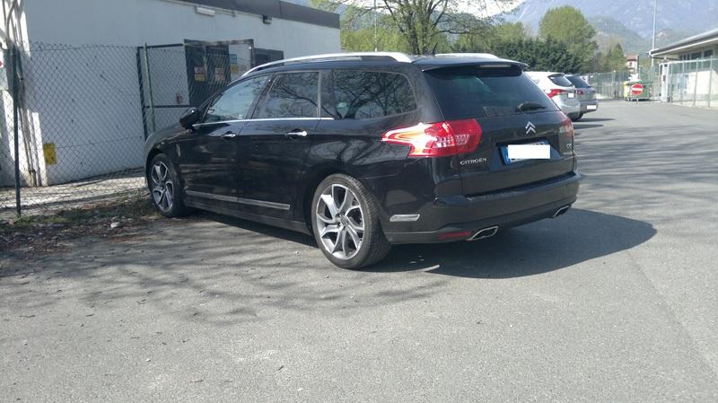 Sfida tra le SW, quale preferite tra: Citroen C5 3.0 V6 HDi Executive, Opel Insignia 2.0 CDTi 4X4 Cosmo, Peugeot 508 RXH, Renault Laguna 2.0 DCi 4control - Pagina 4 2015_04_18_1394