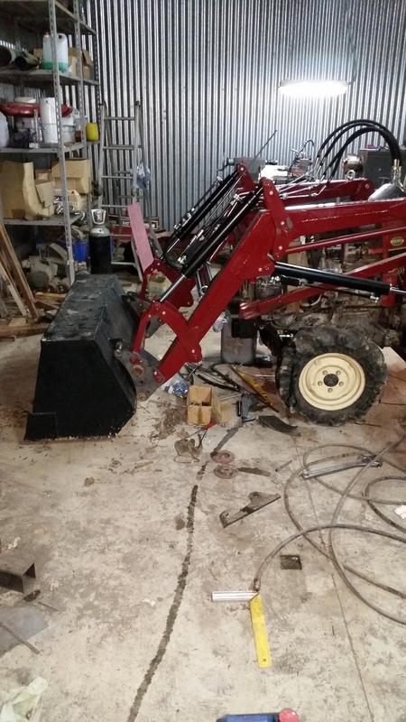 Proyecto de construccion de una pala para un mini tractor 195