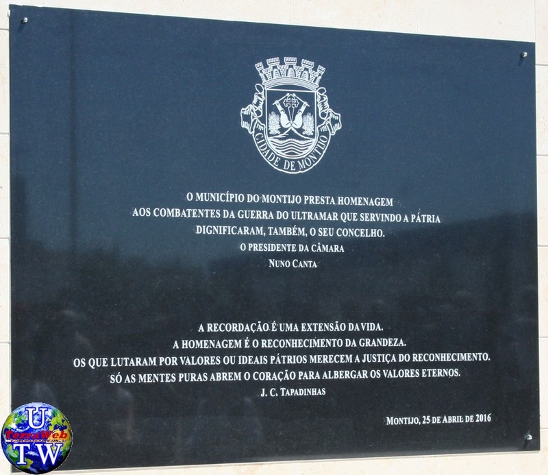 MONTIJO: As imagens da inauguração do Monumento de Homenagem aos Combatentes do Ultramar - 25Abr2016 07_20160425_83