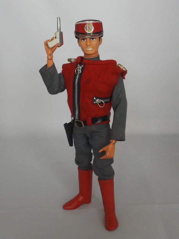 Pedigree Captain Scarlet. DSCF2303_zpsbaorz9cu