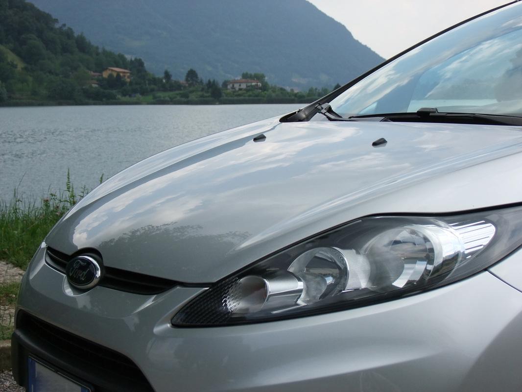 Gerva90 vs. Ford Fiesta 2010 35