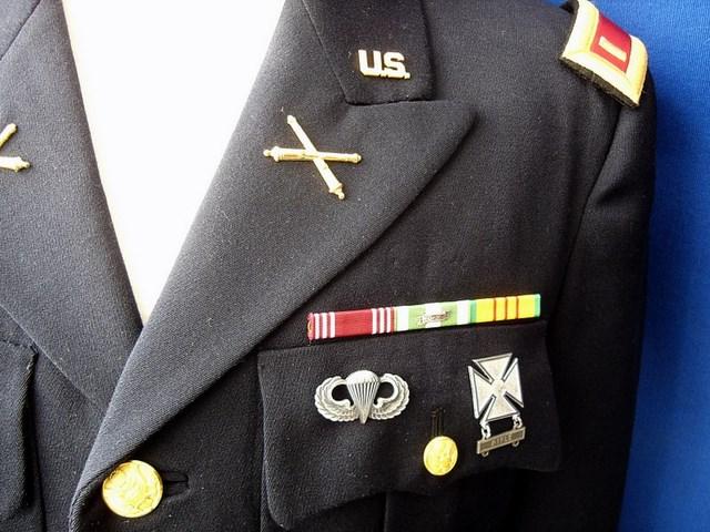 Un peu de ma collection d'uniformes. DSC01748_800x600_640x480