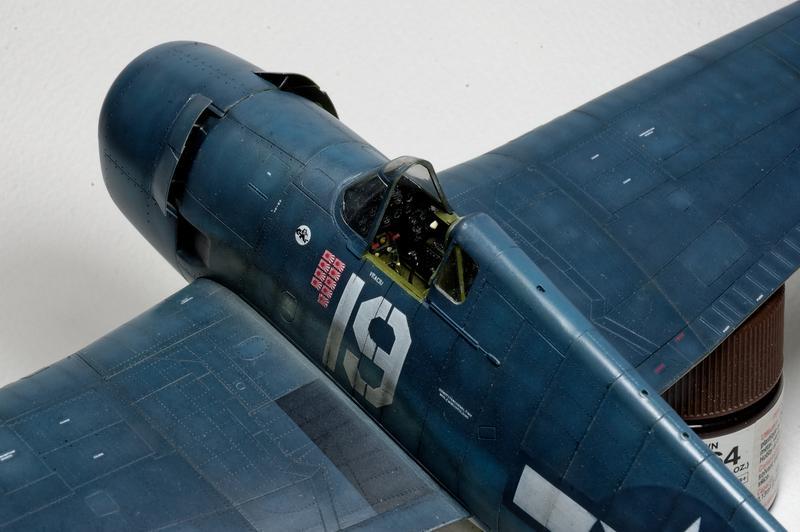 Hellcat F6F-3 Alex Vraciu - Eduard 1/48 DSC_2178_Dx_O
