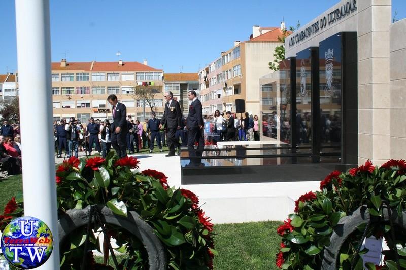 MONTIJO: As imagens da inauguração do Monumento de Homenagem aos Combatentes do Ultramar - 25Abr2016 20160425_25