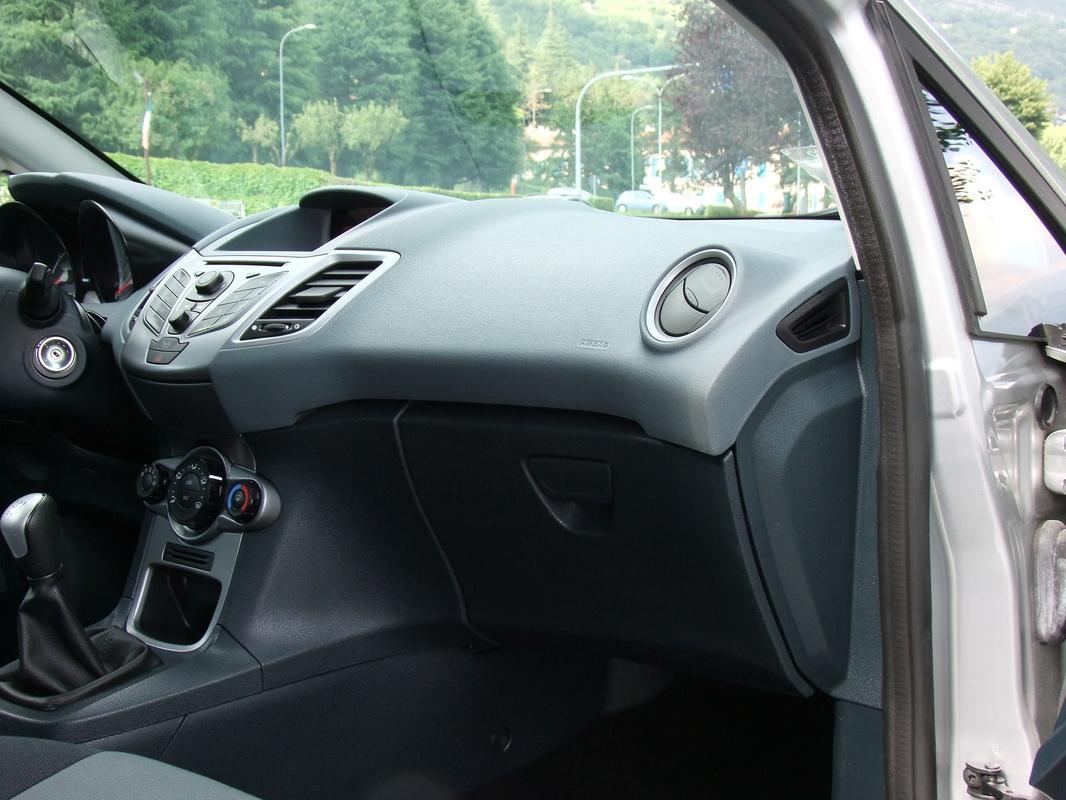 Gerva90 vs. Ford Fiesta 2010 55