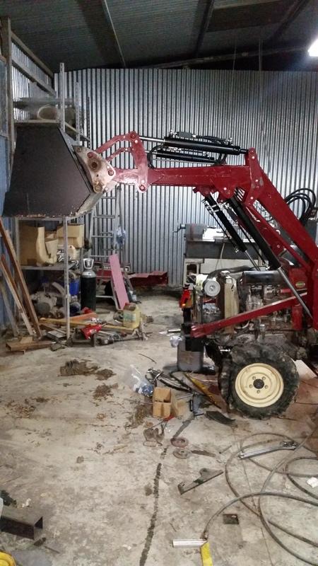 Proyecto de construccion de una pala para un mini tractor 194