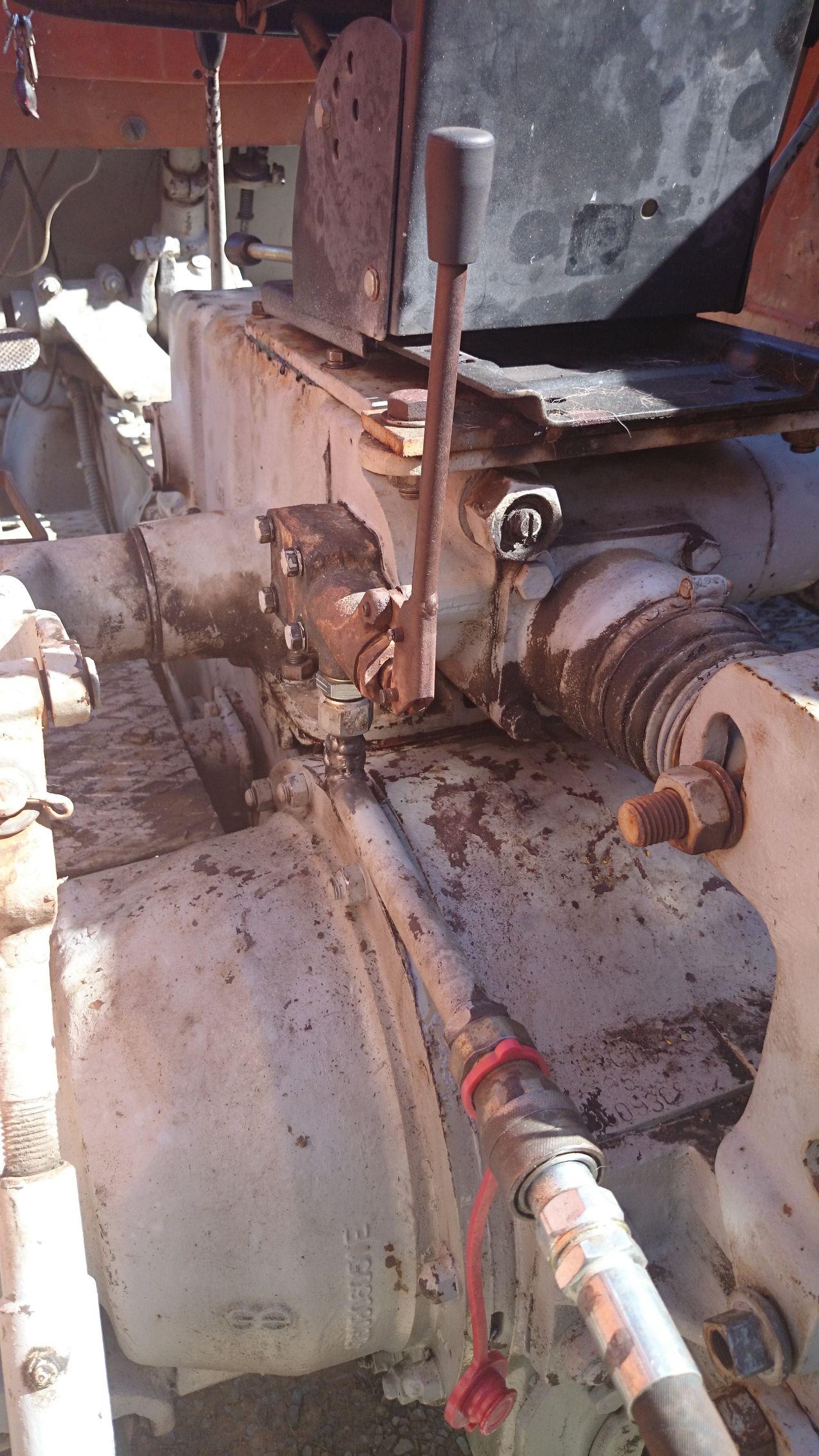 [Barreiros 7070] Problemas de hidráulica (solucionado) - Página 2 DSC_0068