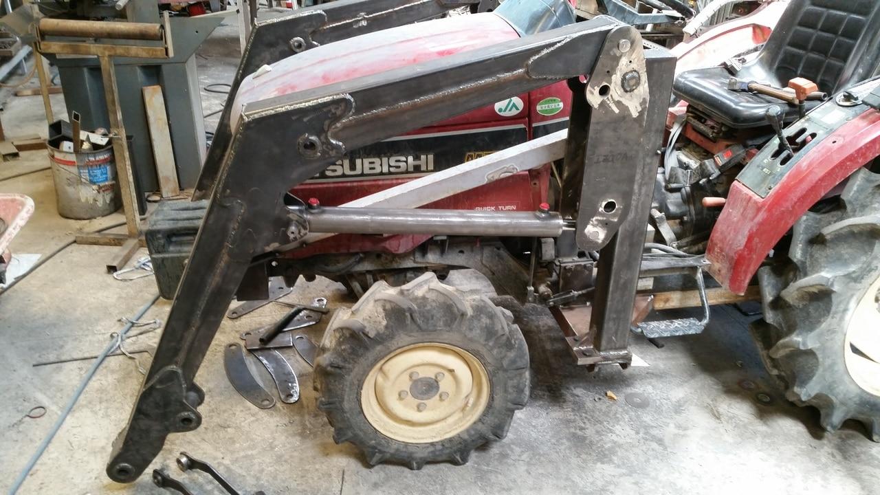 Proyecto de construccion de una pala para un mini tractor 119
