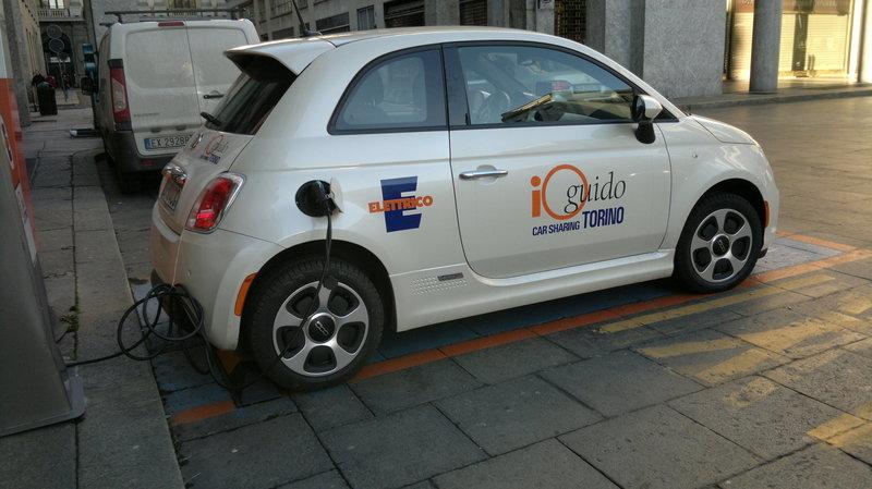 Fiat 500e 100% elettrica, ma solo per il CarCityClub 2015_01_24_1297