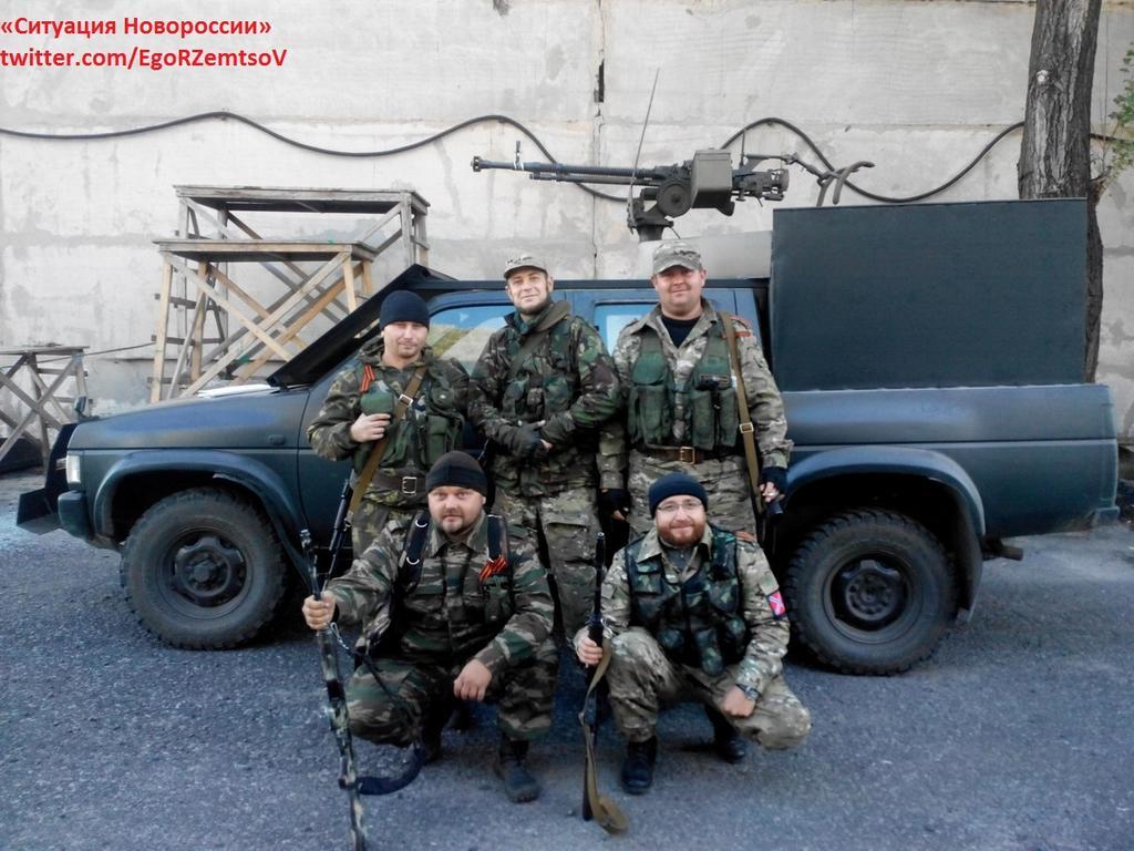 Donbass Liberation War Multimedia - Page 2 Nissan_pickup_Novorussia