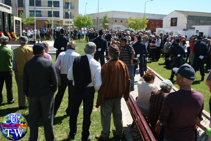 MONTIJO: As imagens da inauguração do Monumento de Homenagem aos Combatentes do Ultramar - 25Abr2016 20160425_91