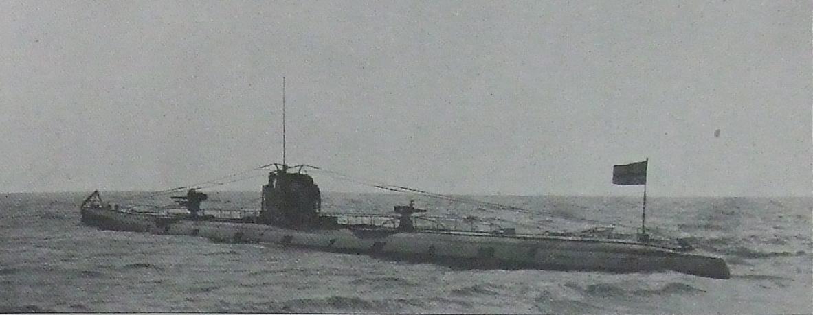 الغواصة النازية U-110..والفيلم الامريكى U-571 ..! Iay4