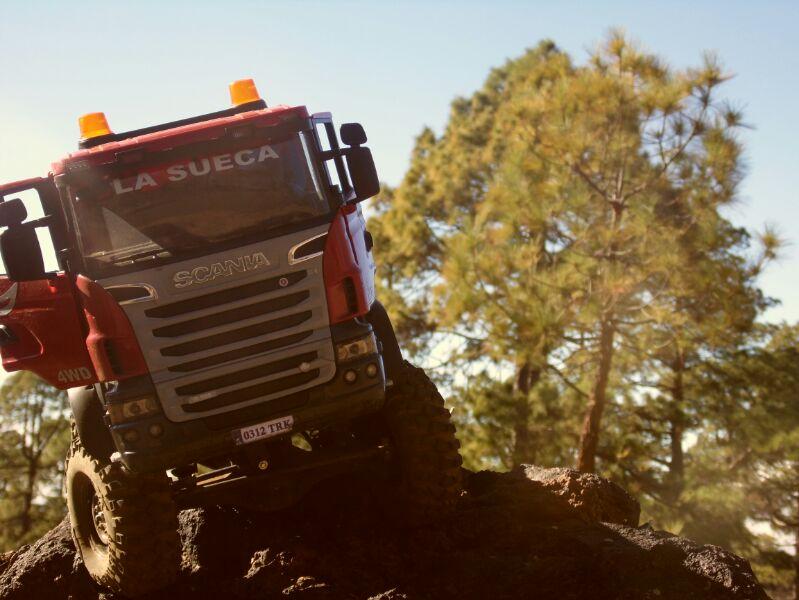 LA SUECA  Scania  trialero con quinta rueda IMG_1495