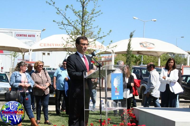 MONTIJO: As imagens da inauguração do Monumento de Homenagem aos Combatentes do Ultramar - 25Abr2016 20160425_87