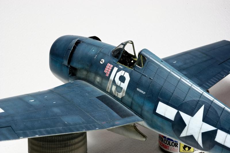 Hellcat F6F-3 Alex Vraciu - Eduard 1/48 DSC_2179_Dx_O