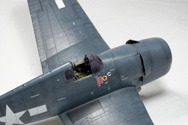 Hellcat F6F-3 Alex Vraciu - Eduard 1/48 DSC_2173_Dx_O