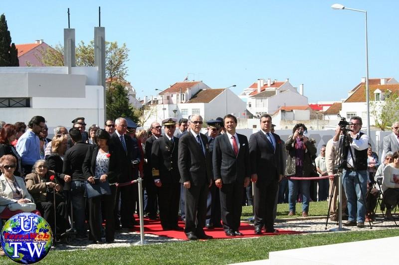 MONTIJO: As imagens da inauguração do Monumento de Homenagem aos Combatentes do Ultramar - 25Abr2016 20160425_13