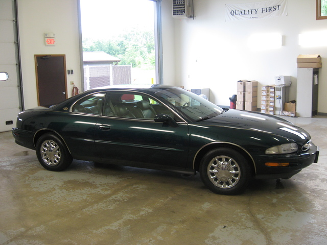 My 98 Buick Riviera Picture_011