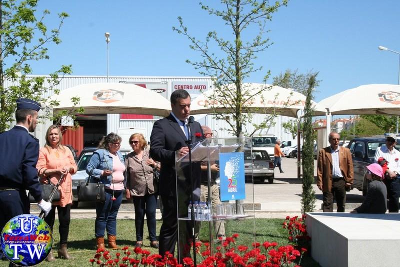 MONTIJO: As imagens da inauguração do Monumento de Homenagem aos Combatentes do Ultramar - 25Abr2016 20160425_84