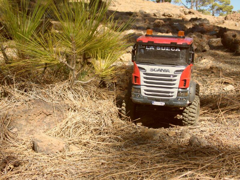 LA SUECA  Scania  trialero con quinta rueda IMG_1501