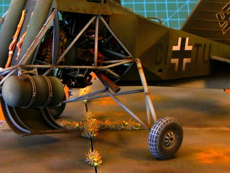 1/18 scale Flettner Fl-282 V21 Kolibri scratchbuild model - Page 4 IMAGE_0371