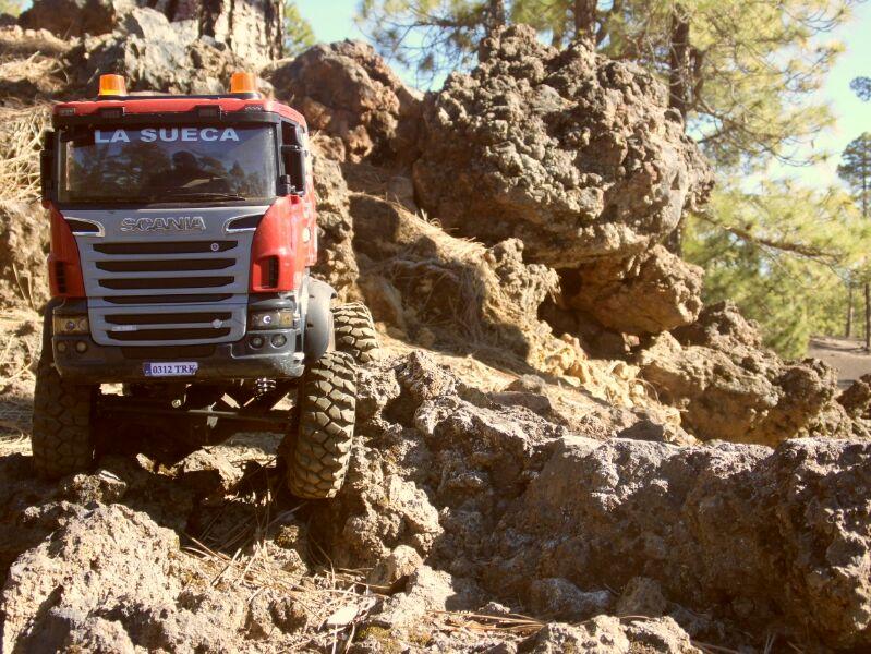 LA SUECA  Scania  trialero con quinta rueda IMG_1508