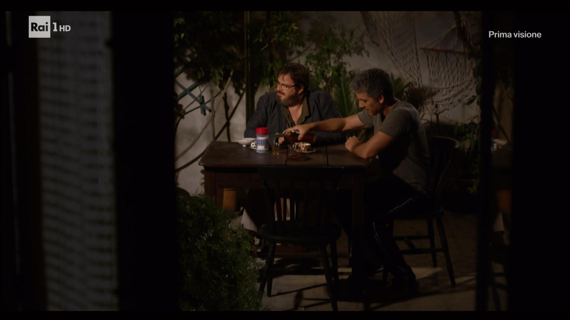 I Fantasmi Di Portopalo - Miniserie (2017) [Completa] .mkv HDTV 1080i x264 AC3 ITA Snapshot_01_23_11_2017_02_21_00_00_51