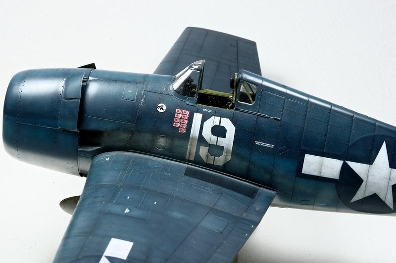 Hellcat F6F-3 Alex Vraciu - Eduard 1/48 DSC_2177_Dx_O