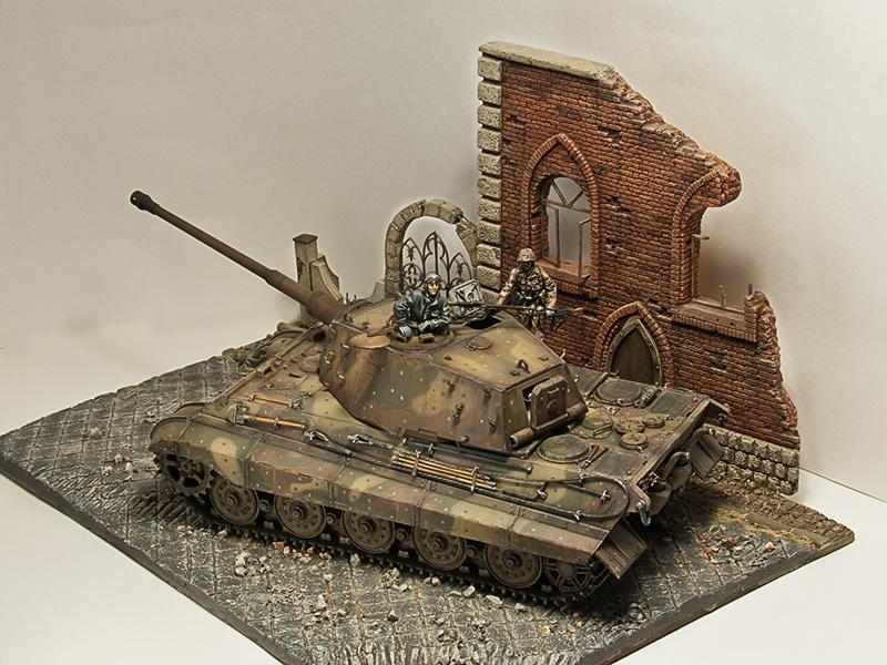 """Тяжелый танк """"Кинг тигр"""", Германия, Берлин, май 1945 г. Image"""