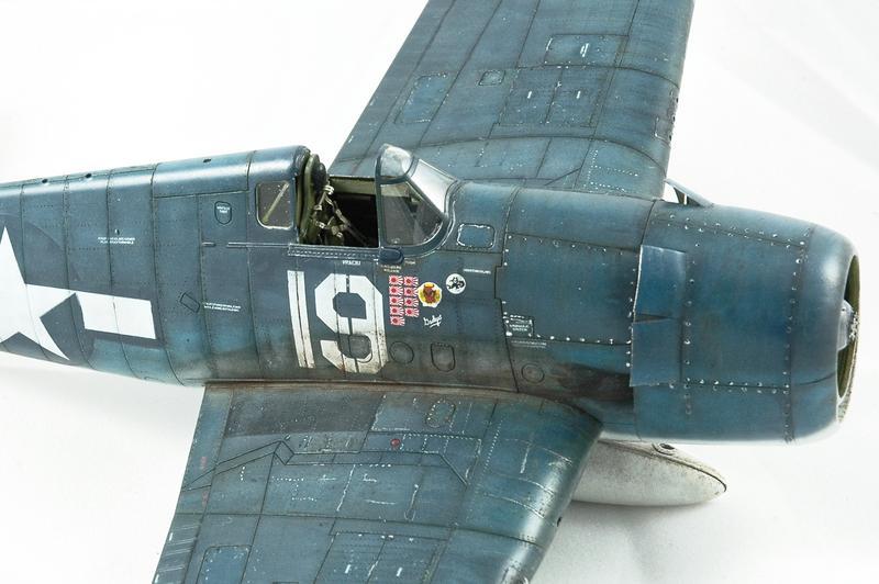 Hellcat F6F-3 Alex Vraciu - Eduard 1/48 DSC_2222_Dx_O