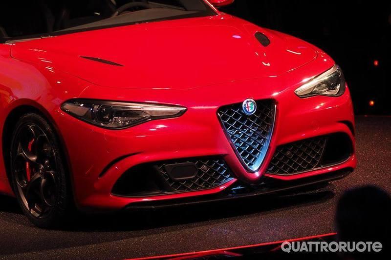 Dopo lunga attesa... ci siamo!! Alfa Romeo Giulia!! 10369720_1463660360612390_3342063670909289336_n