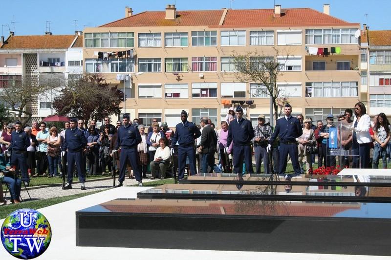 MONTIJO: As imagens da inauguração do Monumento de Homenagem aos Combatentes do Ultramar - 25Abr2016 20160425_17