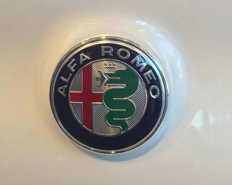 Dopo lunga attesa... ci siamo!! Alfa Romeo Giulia!! 10383626_1463662543945505_4112366854292260480_n