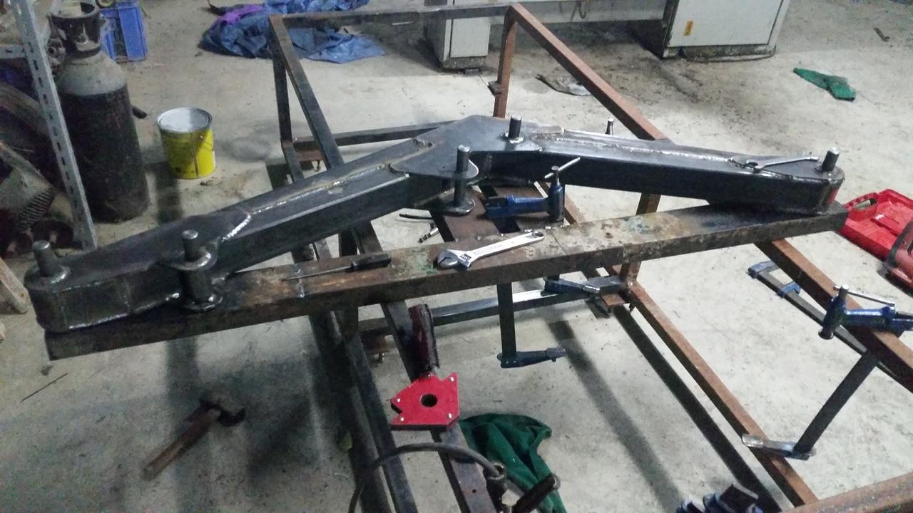 Proyecto de construccion de una pala para un mini tractor 114