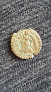 AE4 de Valentiniano I. SECVRITAS - REIPVBLICAE. Victoria avanzado a izq. Ceca Siscia. 20170922_113313