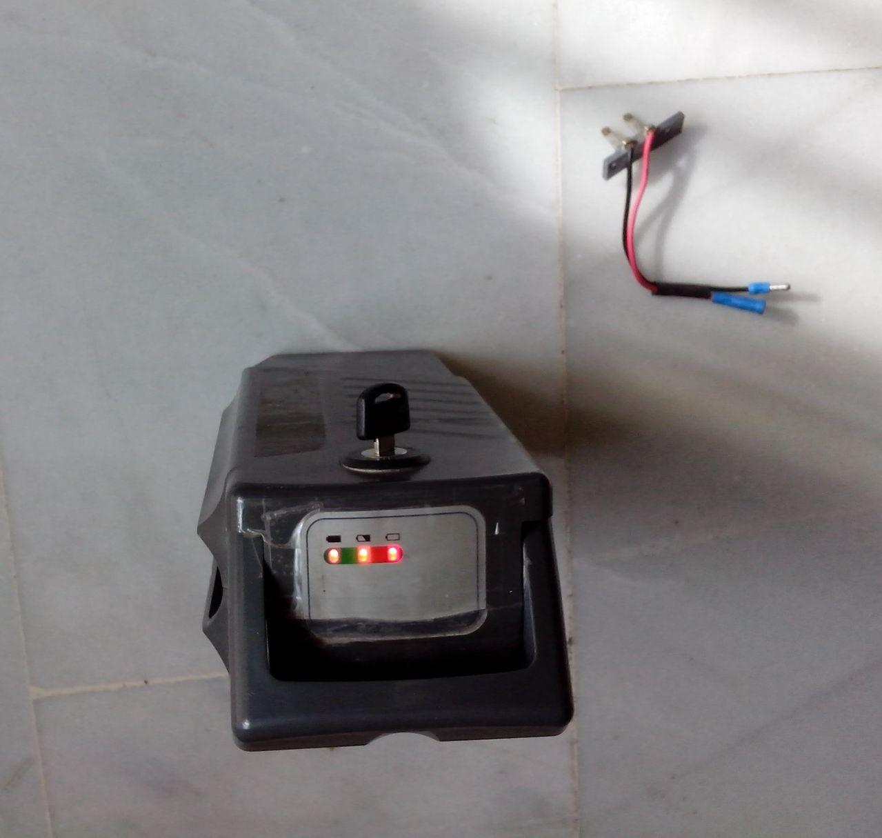 Vendida batería de 24V y 15Ah  ENCENDIDA