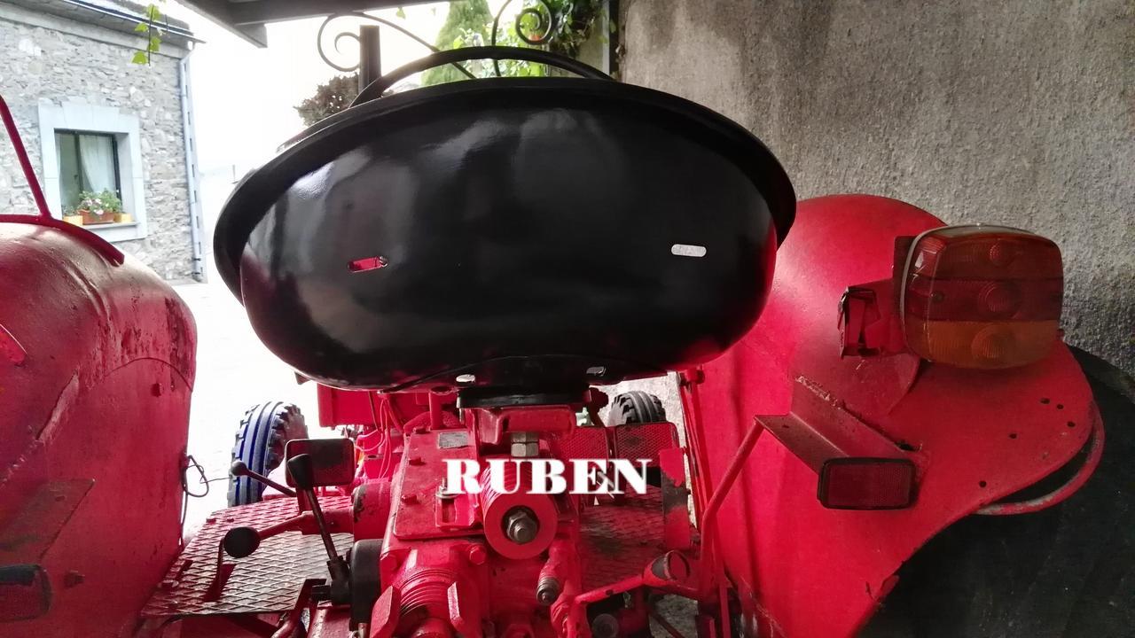 [Hanomag Barreiros R-335S] Presentación y restauración de mi tractor IMG_20180208_085116