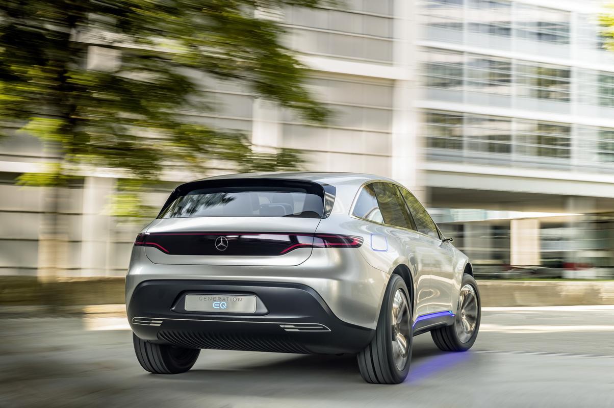 Daimler pode dividir Mercedes em 3 Mercedes-_Split-_Company-4